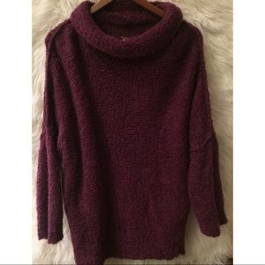 ✨Free people slouchy cowl neck sweater✨